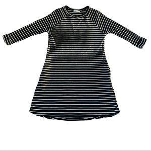 🎉HP🎉 Black and white striped dress